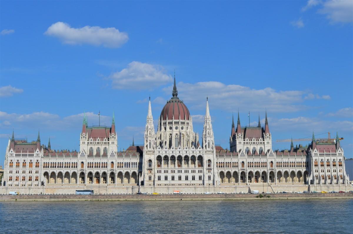 """Budapest in un weekend: cosa fare e vedere in tre giorni per scoprire la """"regina del Danubio"""""""